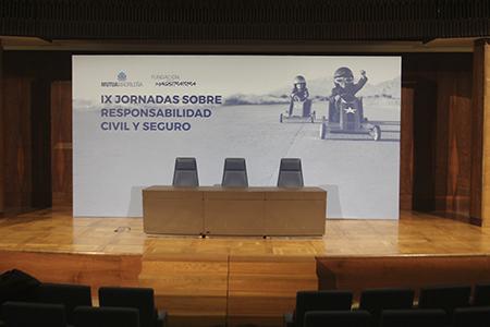 apicexxii_eventos-stands_mutua-madrilena_jornadas-magistratura_0000